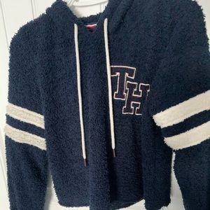 Tommy Hilfiger cropped fuzzy sweater